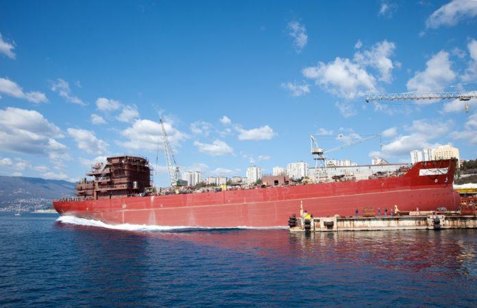 3. maj, brodogradnja, štrajk