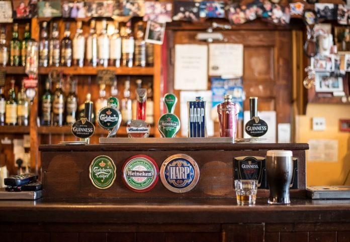 pivo, brexit, pub, slavlje