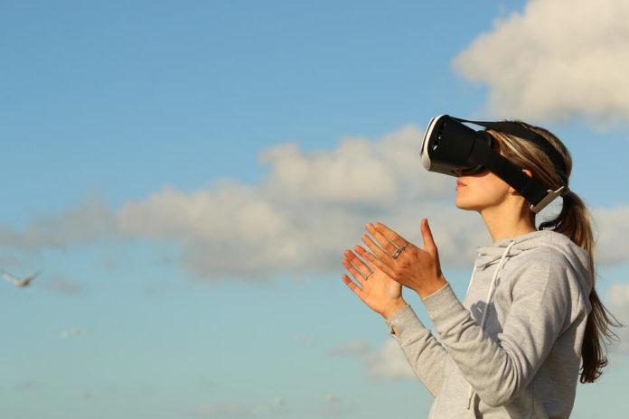 virtualna stvarnost, proširena stvarnost, turistička industrija