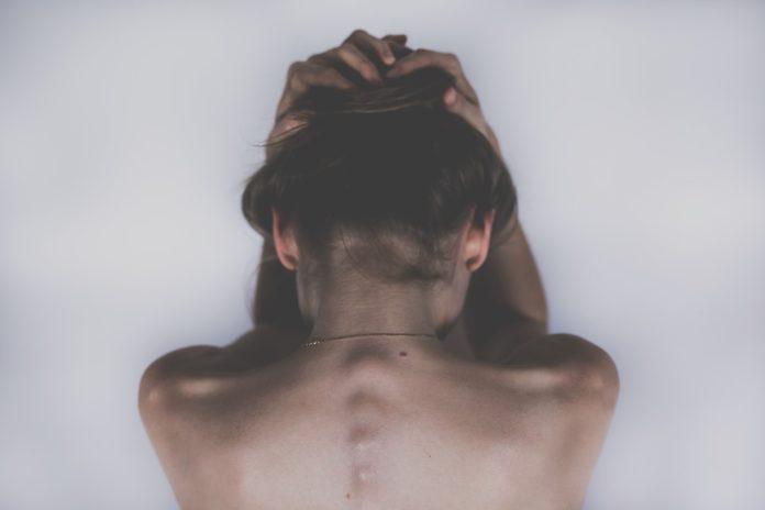 žena, migrena